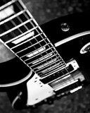 Картинка черная гитара (black guitar) 128x160 бесплатно