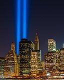 Картинка подсветка башен близнецов в New York 128x160