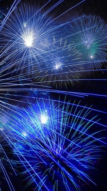 фейерверк, ракета, новый год, канун нового года, сильвестр, поворот года, канун ночи, полночь, пиротехника, сияние, фейерверк, дождь искр, бесплатные фотографии